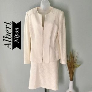 Albert Nipon NWOT Cream Lace Detail Skirt Suit